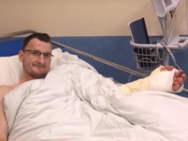 Пересадку руки пациенту, родившемуся без конечности, провели вПольше