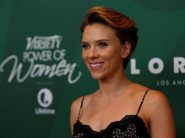 Скарлетт Йоханссон возглавила рейтинг самых выгодных актеров года