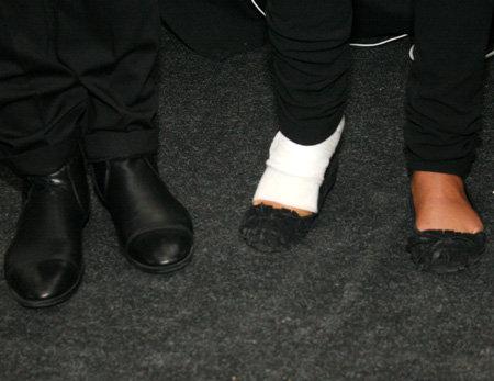 Виктория вела мероприятие со сломанной ногой