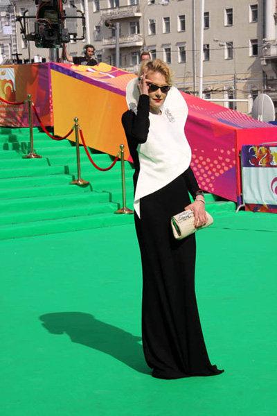 Обычно Рената выглядит более элегантно... Фото Бориса КУДРЯВОВА