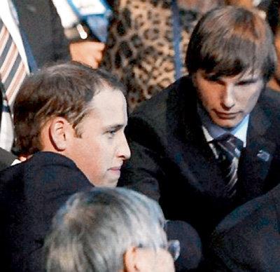 Только непонятно, почему Андрей АРШАВИН расхваливает принцу Уильяму Россию, но сам предпочитает Англию