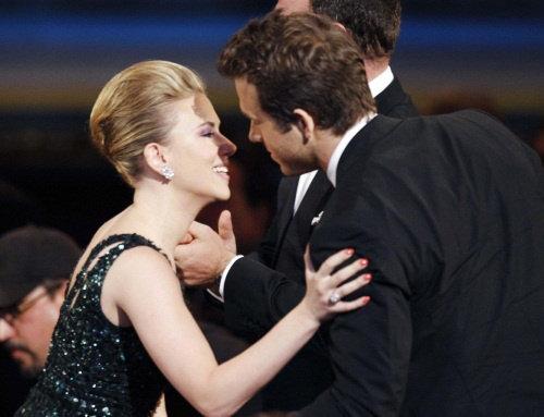 Последний раз супруги появились вместе на публикена церемонии вручения премии Tony Awards в июне этого года.