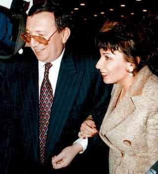 После расставания с ПРОКОФЬЕВОЙ Владимир ГУСИНСКИЙ женился на юристе из своей компании «Мост» Елене