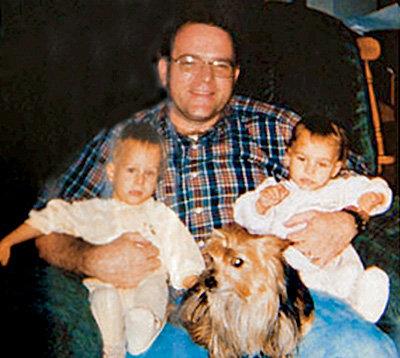 Майкл КРЕЙВЕР по-отцовски возился с детьми, пока они были маленькими