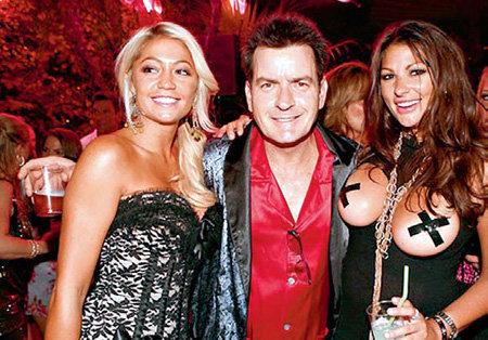 Чарли ШИН был частым гостем на вилле «Playboy»
