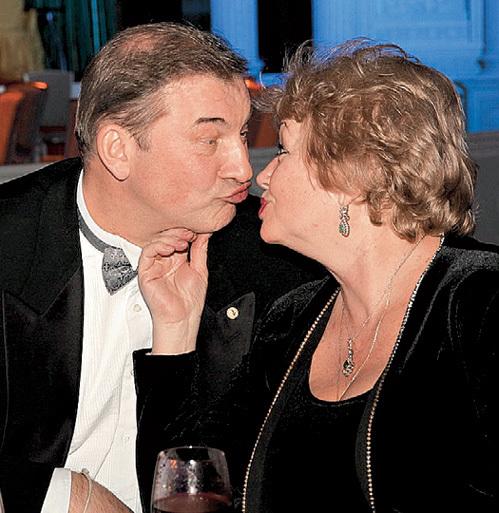 Владислав и Татьяна ТРЕТЬЯК живут вместе 39 лет и никак не нацелуются