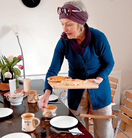 Жена Норберта Катарина угостила нас фирменными пирогами