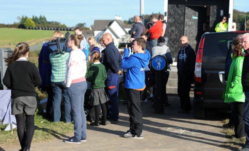 Ирландцы с интересом наблюдали за съёмками.