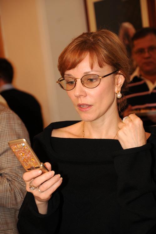Еще недавно ЗУДИНА напоминала толи строгую учительницу, толи Ирину КУПЧЕНКО