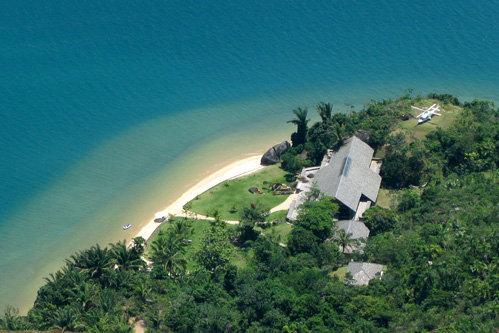 Картина снималась в доме на побережье муниципалитета Парати, штат Рио-де-Жанейро.