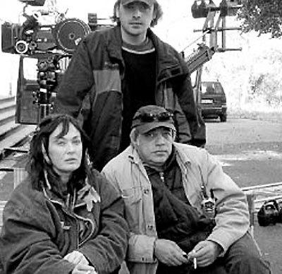 Будучи замужней женщиной, ГУЗЕЕВА воспылала страстью к режиссеру Игорю АПАСЯНУ (справа)
