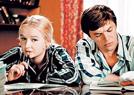 После фильма «Большая перемена» БОГУНОВУ, путая, называли именем её героини - Светлана