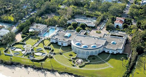 За поместье в Калифорнии инвесткомпания РЫБОЛОВЛЕВА заплатила Дональду ТРАМПУ $100 млн.