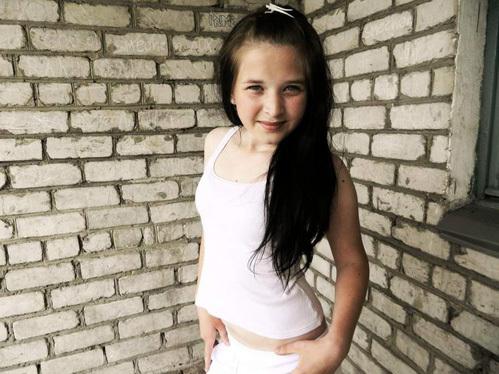 Валюша ФАРНОСОВА: несмотря на тяжелое онкологическое заболевание, девочка продолжала учёбу дома. Мечтала выучиться на врача