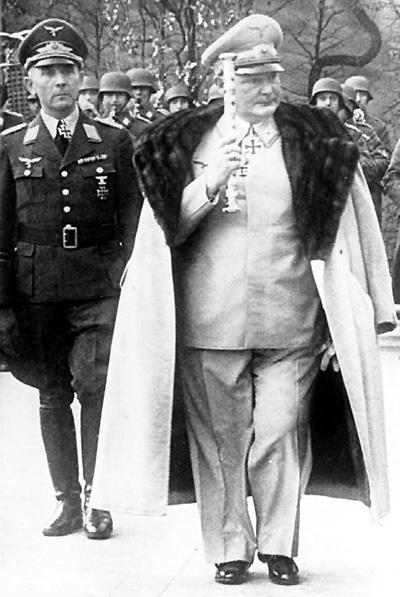 ГИТЛЕР вписал имя ГЕРИНГА в завещание, однако вычеркнул после поражения армии ПАУЛЮСА под Сталинградом