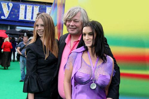 Екатерина и Александр СТРИЖЕНОВЫ со старшей дочерью Настей