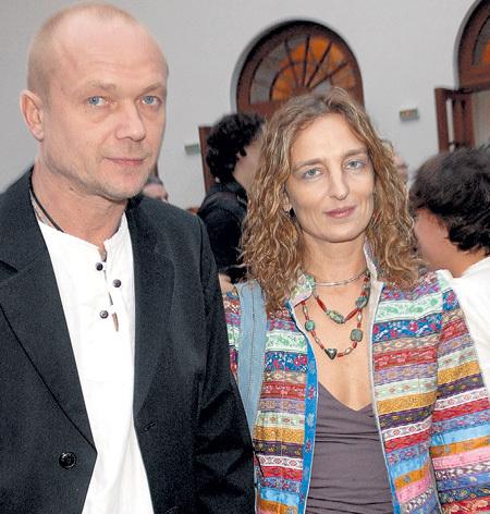С нынешней супругой - дизайнером Дарьей РАЗУМИХИНОЙ. Фото Геннадия УСОЕВА