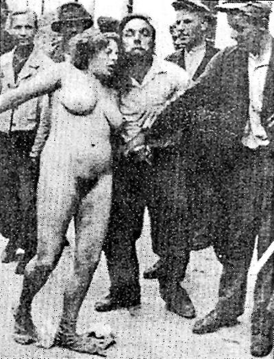Заняв летом 1941 года Львов, бандеровцы устроили резню поляков и евреев. Женщин перед расстрелом насиловали и голыми водили по улицам