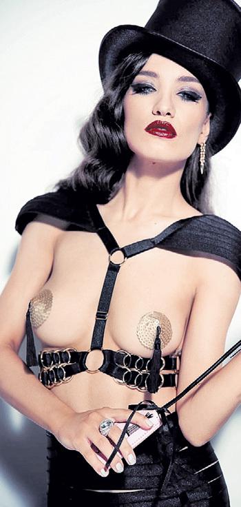 Вика ДАЙНЕКО покупала возлюбленному носки по ночам. Фото: «Playboy»