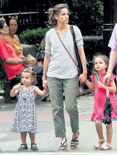 У ПИТ уже есть две очаровательные дочери - Молли и Фрэнсис