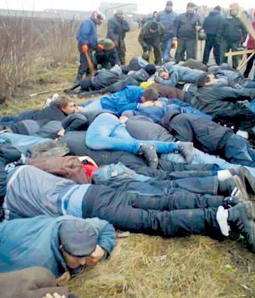 ...а пассажиров жестоко избивали. Рассказы пострадавших от зверств свидомитов помогли крымчанам сделать правильный выбор на референдуме