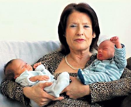 Родив двойняшек накануне 67-летия, Мария дель КАРМЕН надеялась увидеть внуков