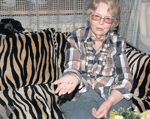 Кира ЯКОВЛЕВА хранит обручальное кольцо бывшего мужа