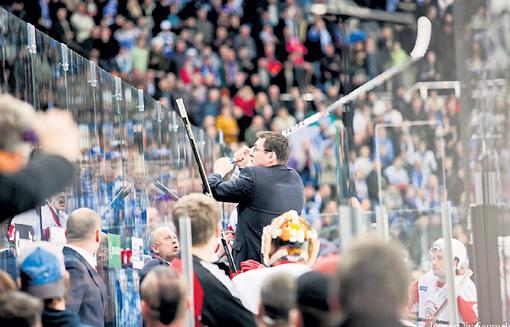 Тренера НАЗАРОВА лучше не сердить. Фото: Liveinternet.ru