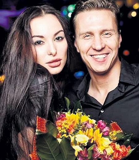 Два года назад никто и предположить не мог, что Анна и Александр станут выяснять свои отношения в суде. Фото: Forum.baginya.org