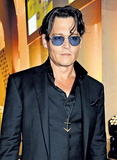 Совсем недавно кинозвезду журнал «GQ» признал «Мужчиной года» (2014 г.)