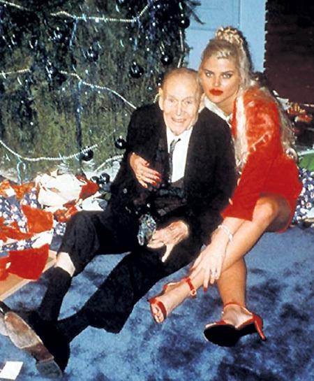 Фотомодель Анна Николь СМИТ вышла замуж за 89-летнего миллиардера Говарда МАРШАЛЛА, когда ей было 24. Овдовев через год, она в суде доказала, что у них были полноценные отношения, и добилась права на наследство