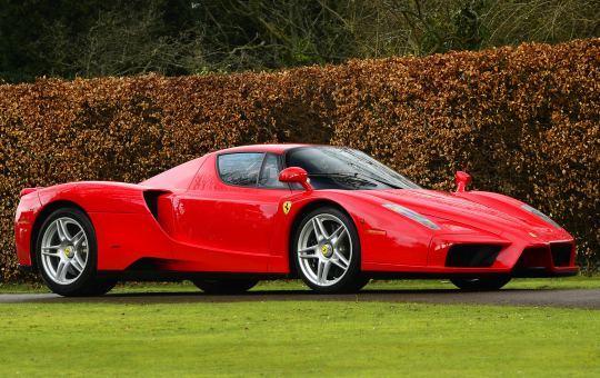 600-сильная Ferrari Enzo