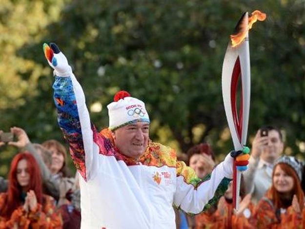 Шаварш Владимирович был одним из факелоносцев Олимпиады-2012 в Сочи. Фото с сайта funik.ru