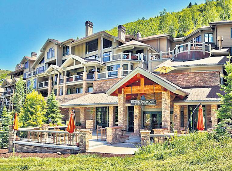Внутри квартира в горах ничем не отличается от богатого городского жилища