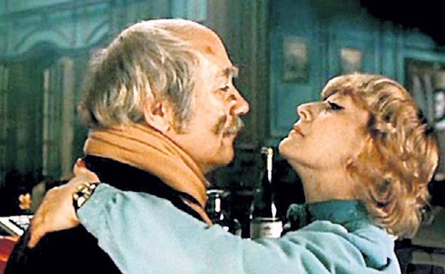 В детективе «Ищите женщину» актриса блестяще сыграла в паре с Леонидом КУРАВЛЁВЫМ
