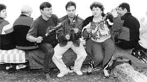 Валентина Соловьева: с лучшими друзьями на отдыхе (1994 г.) #016