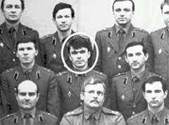 НА СЛУЖБЕ В АРМИИ: призывника Коркунова по блату пристроили военпредом в КБ