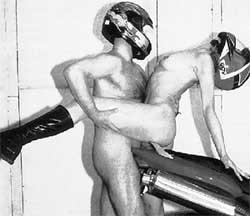 Позы секс на мотоциклах