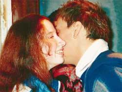 ЛЮДА ХОДАКОВСКАЯ: удостоилась поцелуев