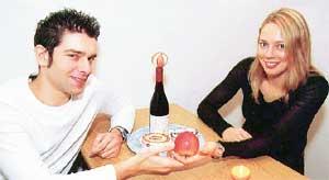 БАСКЕТБОЛИСТКА И ИНЖЕНЕР: любовь, вино и ужин - все пополам