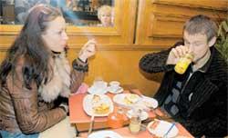 ЛЕГКИЙ ЗАВТРАК: любимые устрицы, видимо, будут в обед