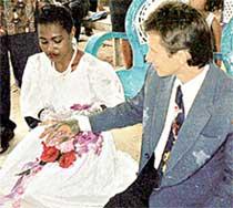 СВАДЬБА: русский жених настоял, чтобы избранница была в белом