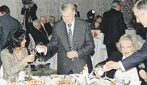 ИСКРЕННЕ ВАШ: спикер Совета Федерации Сергей Миронов произнес спич в честь юбиляра