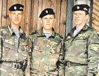 СПЕЦНАЗ: Алексей (крайний справа) вспоминает службу с благодарностью
