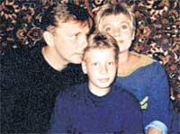 ВТОРАЯ СЕМЬЯ: с женой Сусанной и сыном Дмитрием