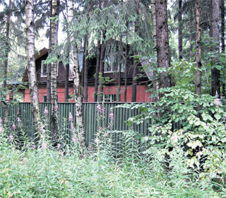 ДОМ ВАСИЛИЯ ЛАНОВОГО: построен на совесть еще в советское время