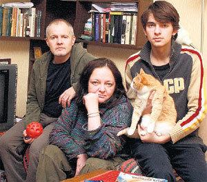 Елена Вадимовна с мужем Юрием и сыном Митей - актёром театра «Современник»