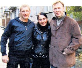 Признав сына, актёр познакомился и с его невестой Кристиной
