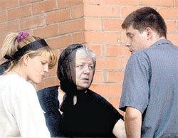 Ирина Константиновна с внуками. Всё имущество великого актёра досталось им