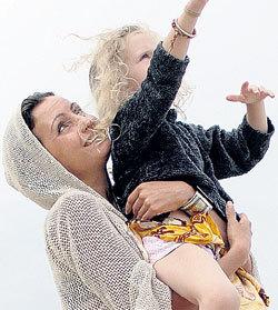 Шудха с дочерью